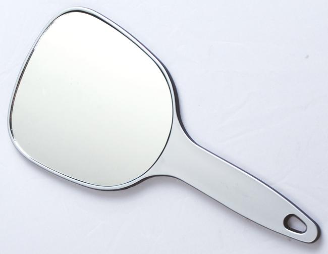 Зеркало косметическое серебристое с ручкой DEWAL